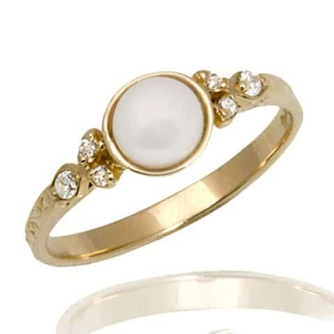 Vintage Style Pearl Engagement Ring