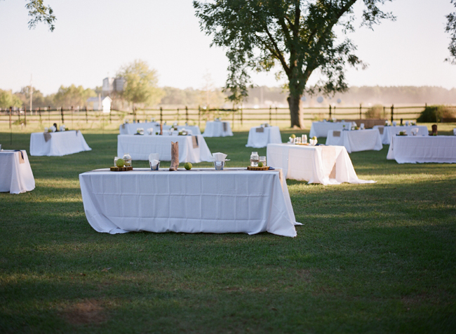 Donovan Farm Outdoor wedding reception tables