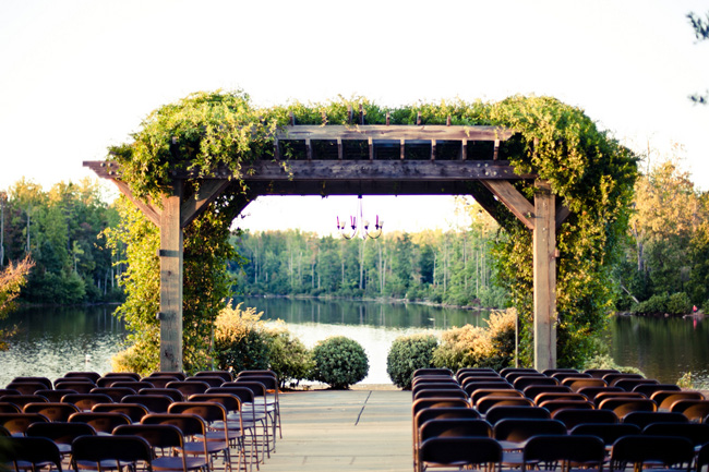 ceremony arbor overlooking lake at Colonel Francis Beatty Park