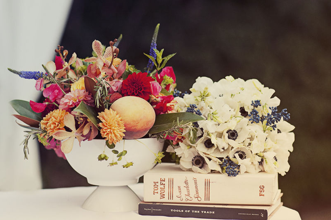 flower bouquet in white bowl
