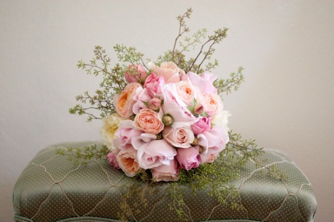 Gorgeous wedding bouquet in shades of pink and peach