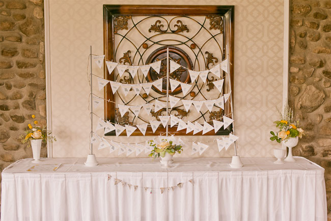 white bunting for wedding place cards