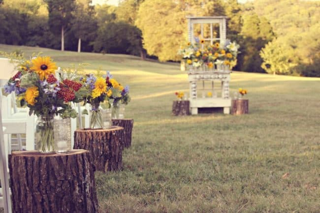 Rustic Outdoor Wedding at Cedarwood (10)