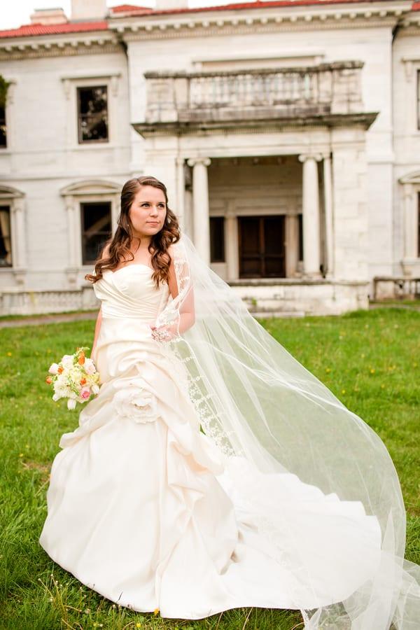 Garden Bridal Shoot At Grey Gables Farm Love Amp Lavender