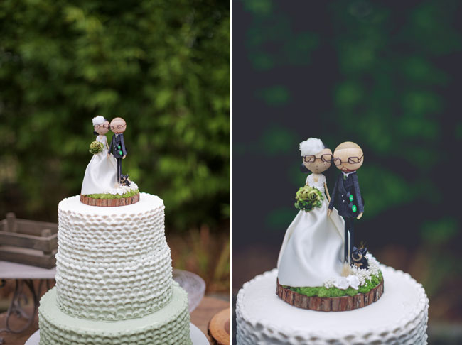 cake topper caricatures of bride and groom
