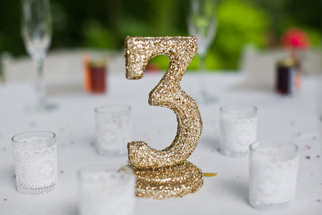 "Gold glitter table number ""3"""