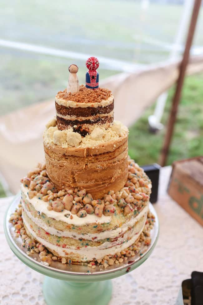 crumble wedding cake with groom spider-man cake topper