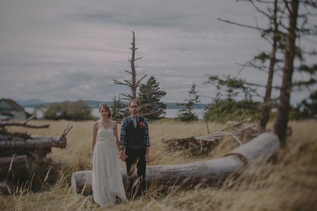bride and groom on rustic Lopez Island