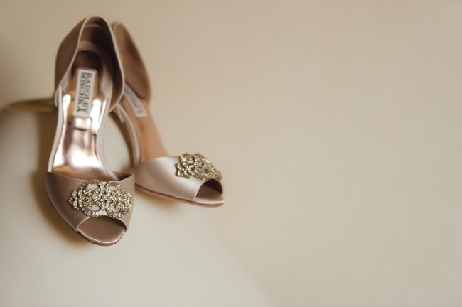 badgley mischka bridal heels with toe embellishment