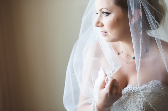 bride in edged veil