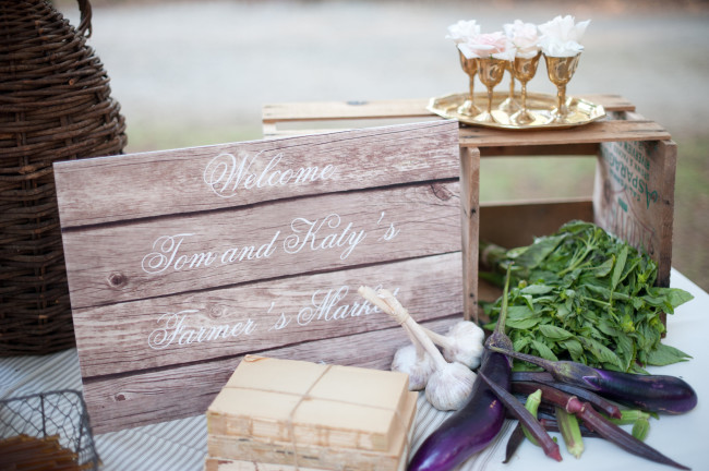 Wooden crate with vegetable