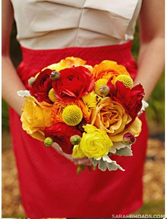 Bride_with_red_Bouquet