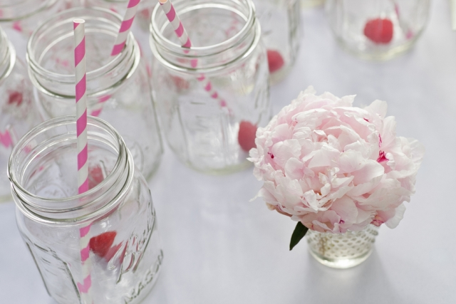 mason jars with pink straws
