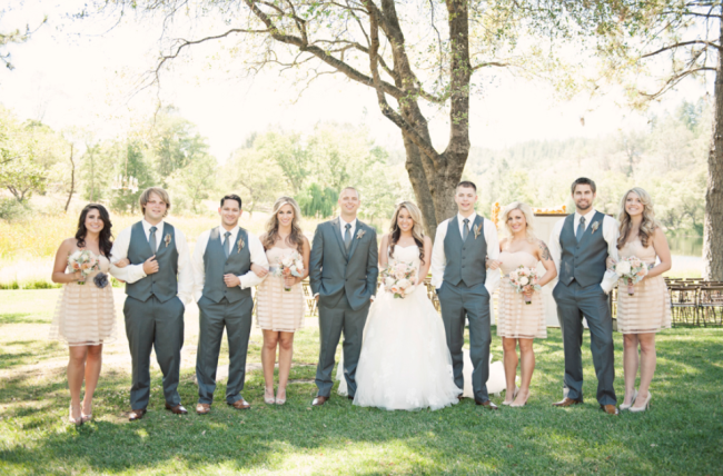 bridal party outdoors in the sun at Leaning Tree Lodge wedding