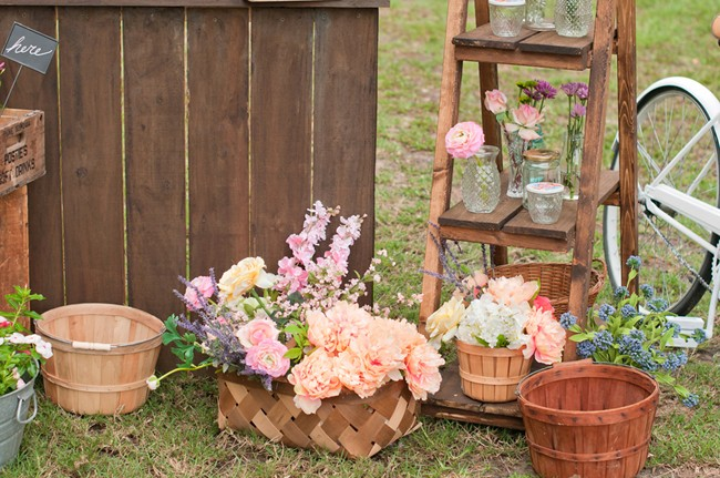 Flower stand engagement session and flower buckets