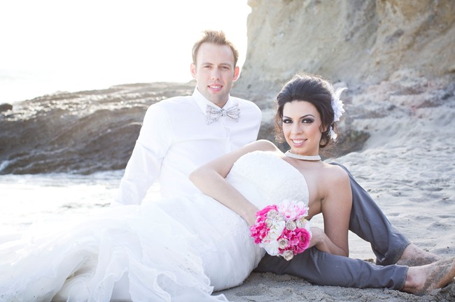 styled anniversary couple on Laguna Beach