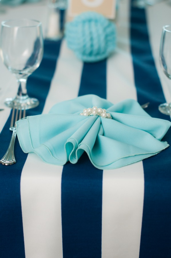 19 Nautical Themed Wedding Reception With Teal Napkins With Pearls And A  White And Blue Table ...