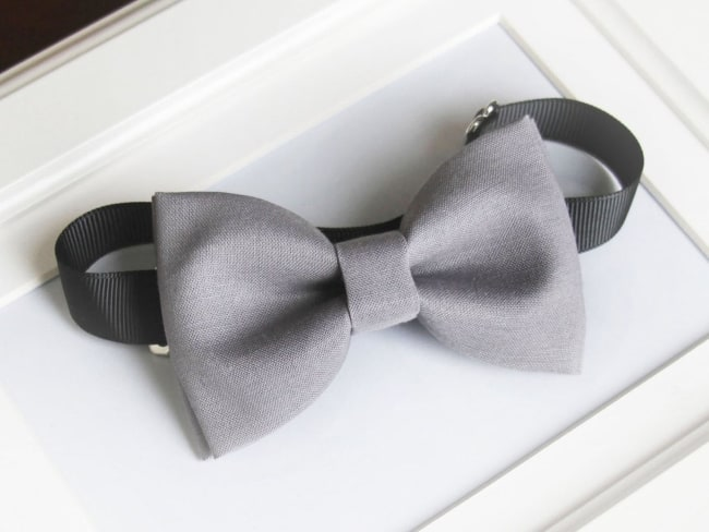 Gray bow-tie for grooms