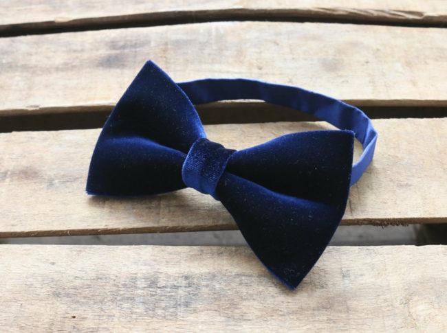 A man's Velvet Bow Tie
