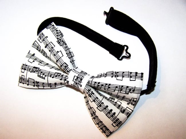 Music Note pattern Bow Tie
