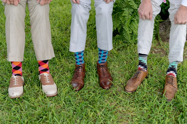 groomsmen with mis matched socks