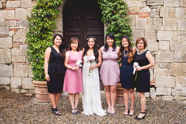 20 bride with family and friends at Livernano Radda in Chianti Tuscany, Italy wedding