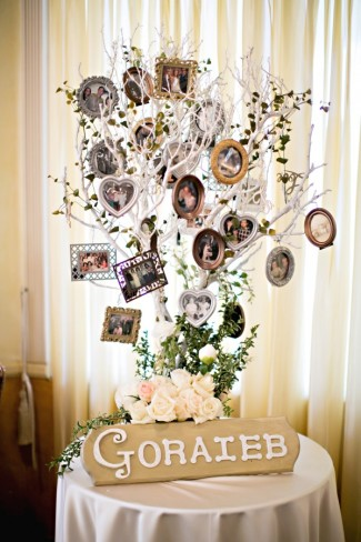 handmade photo tree for Goraieb family