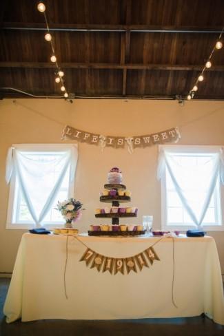 Green Villa Barn & Gardens, Oregon wedding reception cupcake and cake stand