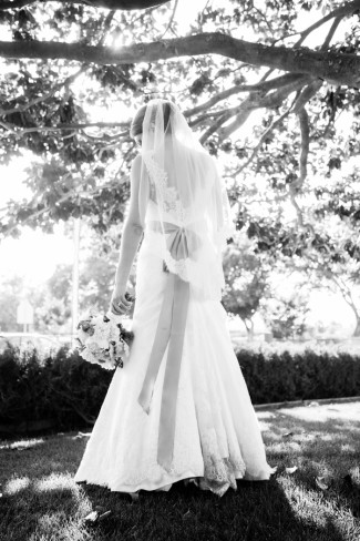 black and white photo of bride at Guglielmo Winery wedding