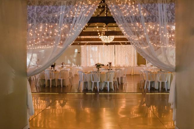 5 Green Villa Barn & Gardens, Oregon wedding reception