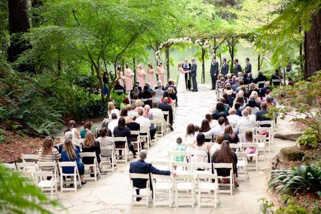 Autumn wedding inspiration: outdoor ceremony at Nestledown in California