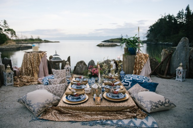 West Coast Boho inspiration photo shoot with gold sequin table cloth, throw pillows, gold chargers and Chinese style plates