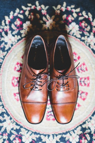 Grooms brown shoes