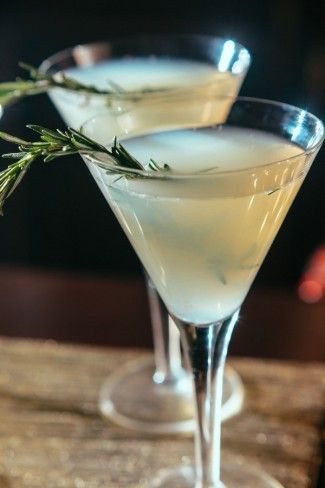 Rosemary-Infused-Signature-Wedding-Cocktail