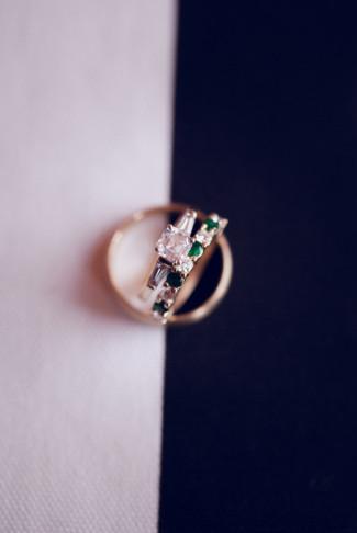 emerald and diamond wedding band
