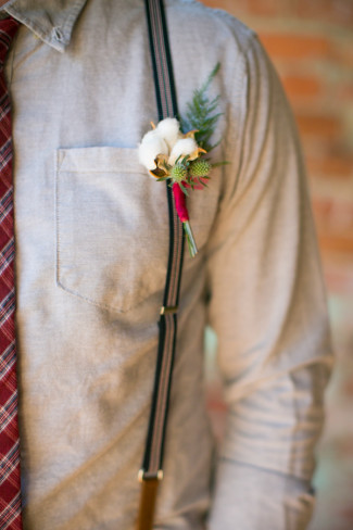 White cotton boutonniere