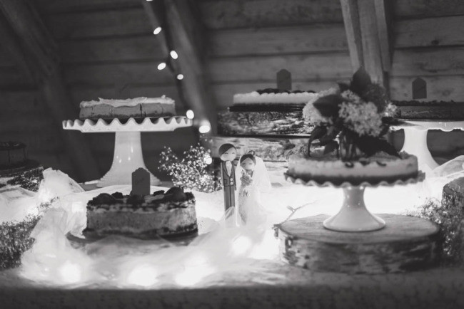 Cheese cake wedding dessert table for rustic wedding reception