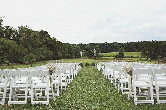 Outdoor wedding ceremony at The Barns at Hamilton Station