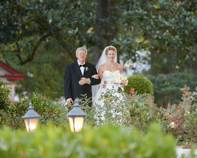 Bride and father walking down the aisle at Tate House Mansion