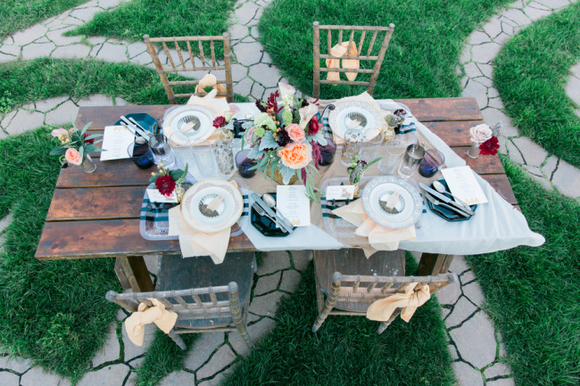 Ourdoor table scape and Styled shoot created by Pencil Events