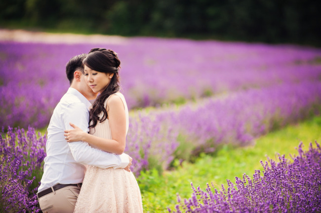Engagement shoot in Lavender Field