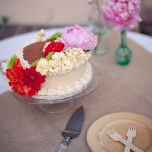 Miglet's Bakery wedding cake