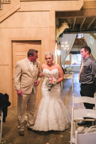 Blankenship_Blankenship_KariMe_Photography_Barnwedding86_low