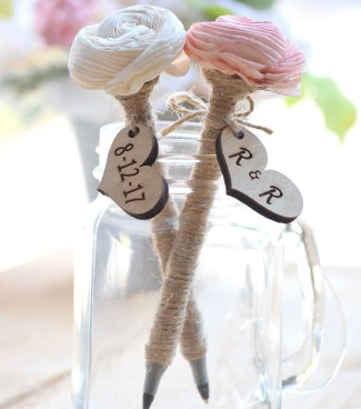 6d8c36681549 The Ultimate List of Things to Buy For Your Wedding
