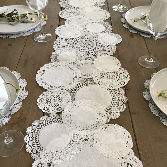 TABLE RUNNER Shabby Rustic Paper Doilies