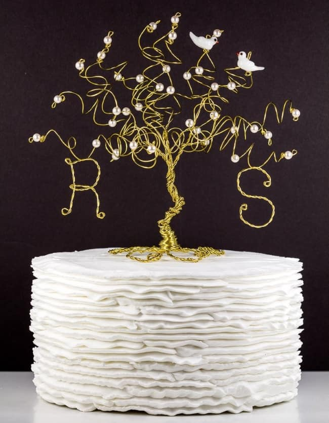 Wire Tree Sculpture with Two Birds Cake Topper