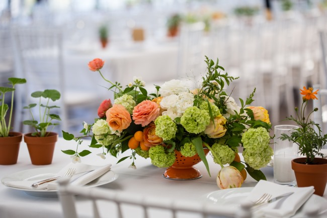 table centerpiece arrangement