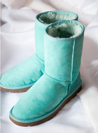 Blue uggs for bride