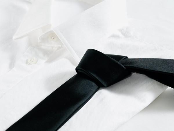 Silk_Black_Necktie_dress-shirt_grande