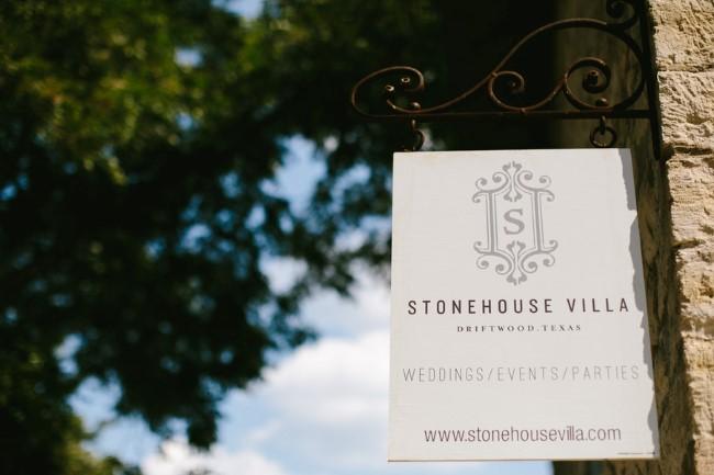 Stonehouse Villa wedding venue sign